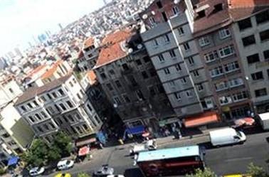 dokunsan_yikilacakgibi_istanbul