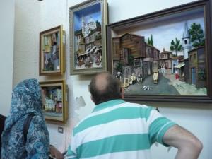 üç boyutlu resim rölyef eserler ismek sergisinde halkın yoğun ilgisini çekiyor