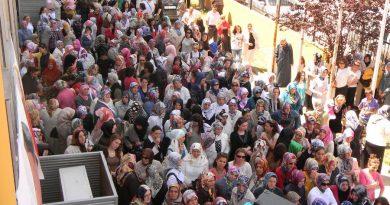 İsmek 17.sergi ve festivaline halk yoğun katılımda bulundu. Yer yer izdiham yaşandığı görüldü