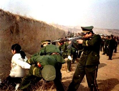 Çin Doğu Türkistan'ı nasıl işgal etti, çin doğu türkistan'da soykırıma devam ediyor. çocuk kadın demeden milyonlarca müslüman türk katledildi