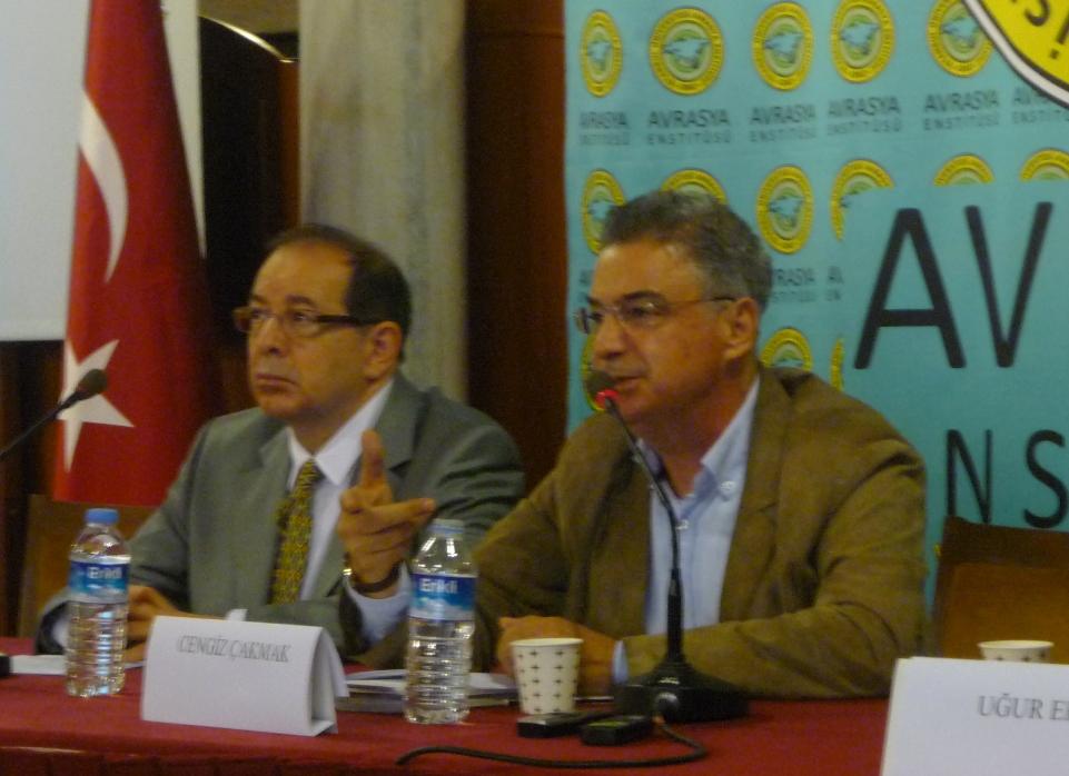 cengiz-çakmak-politik-felsefe-ve-wittgenstein-sempozyumu-istanbul-üniversitesi