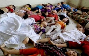 suriye rejimi kimyasal silah kullanıyor ve binlerce masum sivil, kadınlar, çocuklar öldürülüyor, Rusya ve İran Esed rejimine destek vererek bu terör ve insanlık suçuna ortak oluyor