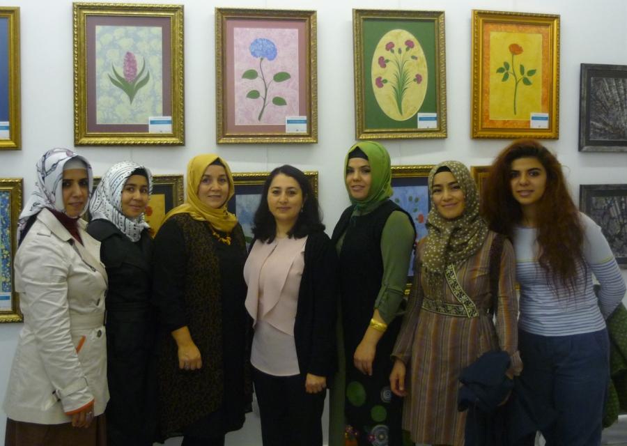gönüllerin buluşması geleneksel sanatlar sergisi, kocav, sultanahmet 2015, sanatçılar toplu halde
