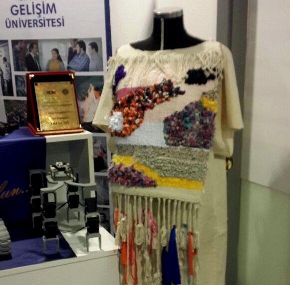 tasarım elbiseler, inovasyon günlerinde sergilendi